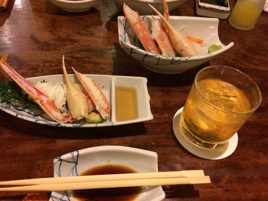 蟹和梅子酒